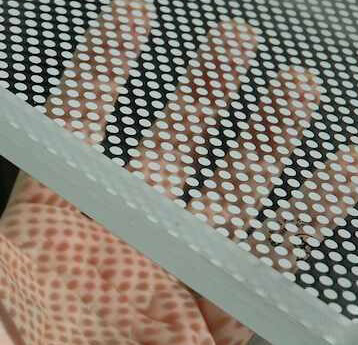 Solución antideslizante: patrón de puntos