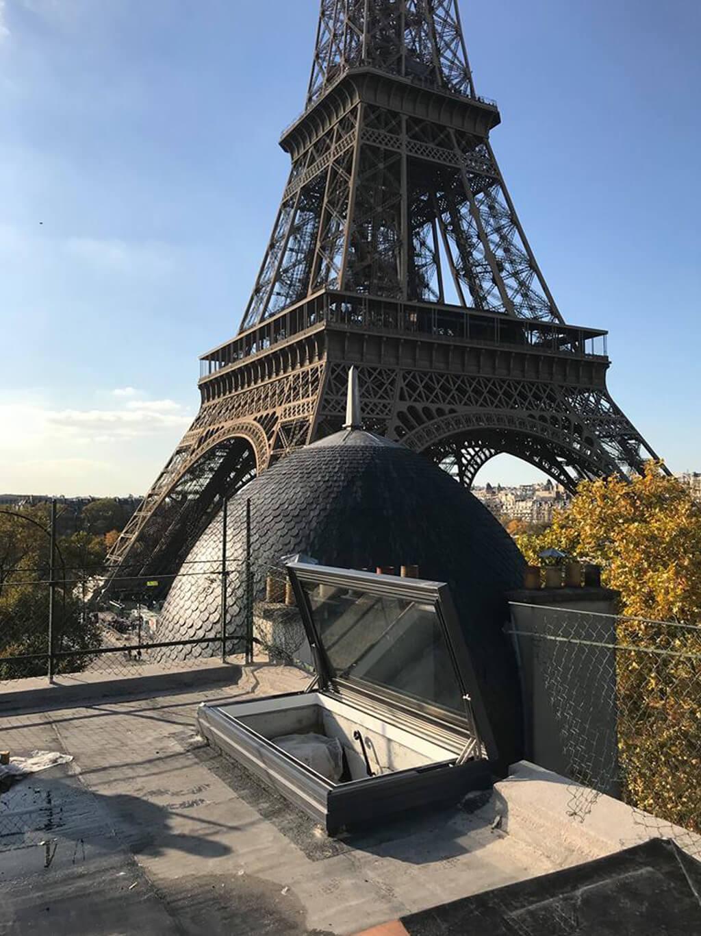 Trampilla de tejado eléctrica en París